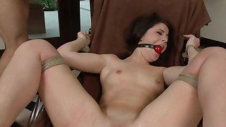 Big ass brunette gets gagged by her kinky dextrous